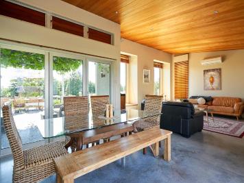 Helena-House-Lounge-best