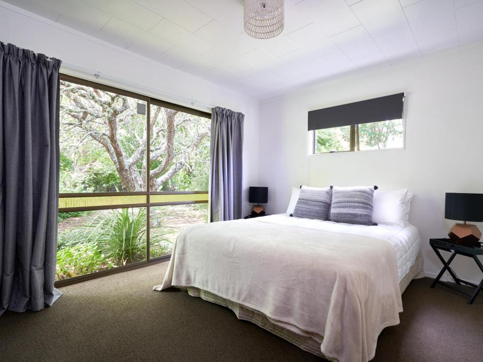 LH bedroom